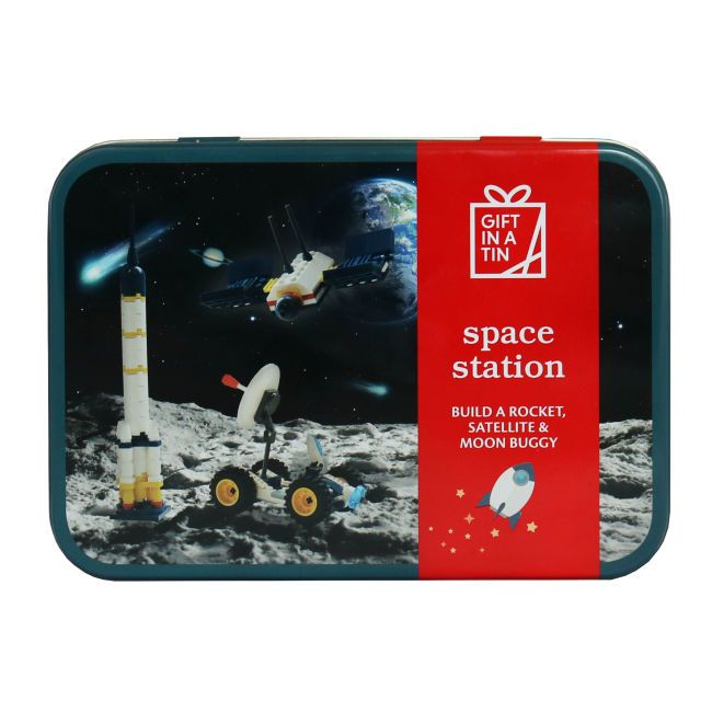 Gift in a Tin - Space Station